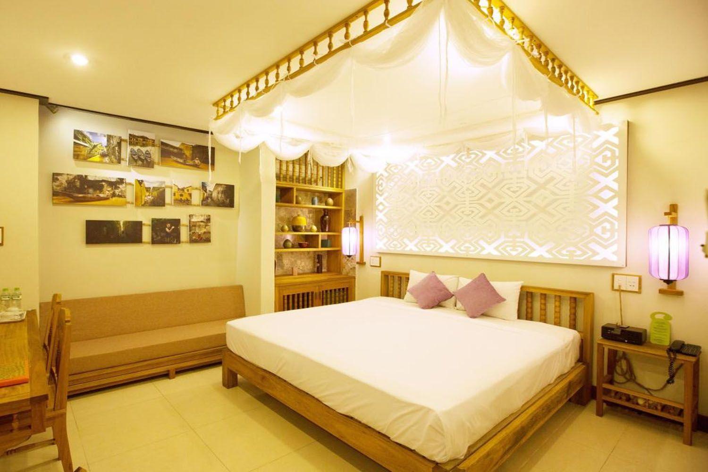 Phòng ngủ ở Vĩnh Hưng Library Hotel