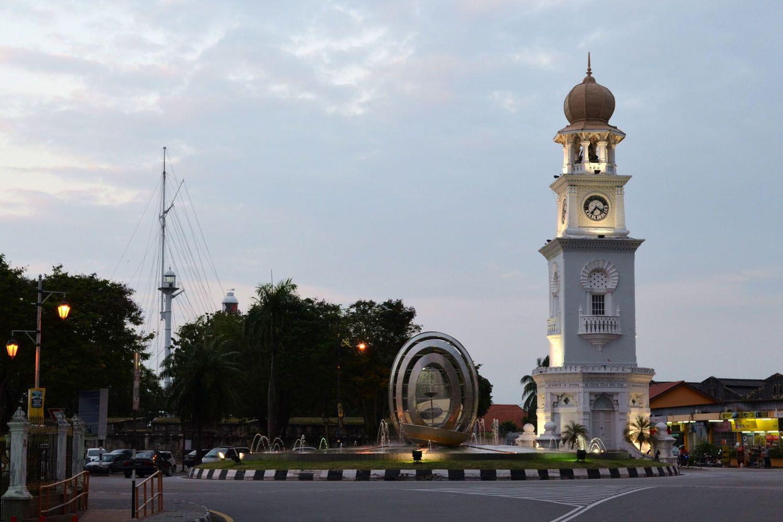 Tháp đồng hồ Kuala Klawang Merdeka tại Kuala Klawang, Negeri Sembilan