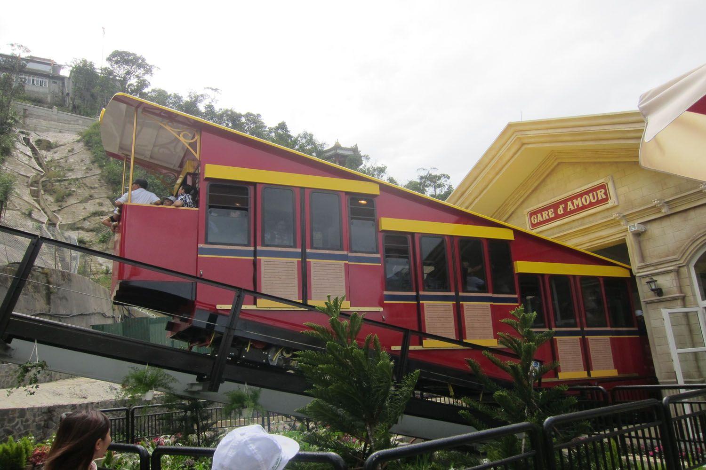 Thử đi tàu hỏa leo núi đầu tiên tại Việt Nam