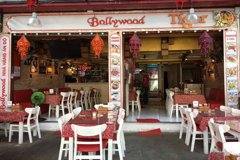 Quán Bollywood Indian Restaurant