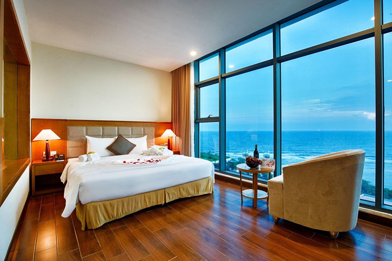 Phòng ngủ ở Khách sạn Mường Thanh Holiday Lý Sơn