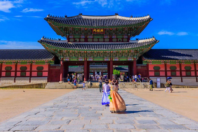 Đến thăm Cung điện Gyeongbokgung