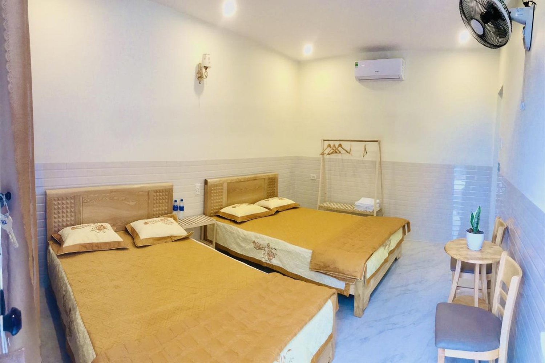 Phòng ngủ ở Khách sạn Quang Vinh - đảo Lý Sơn