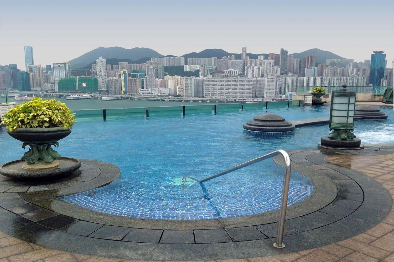 Hồ bơi ở Harbor Grand Kowloon