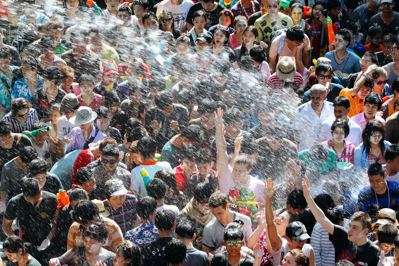 Lễ hội té nước ở Chiang Mai