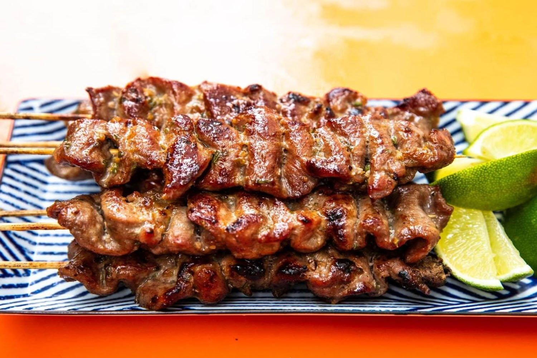 Thịt xiên nướng (Moo ping)