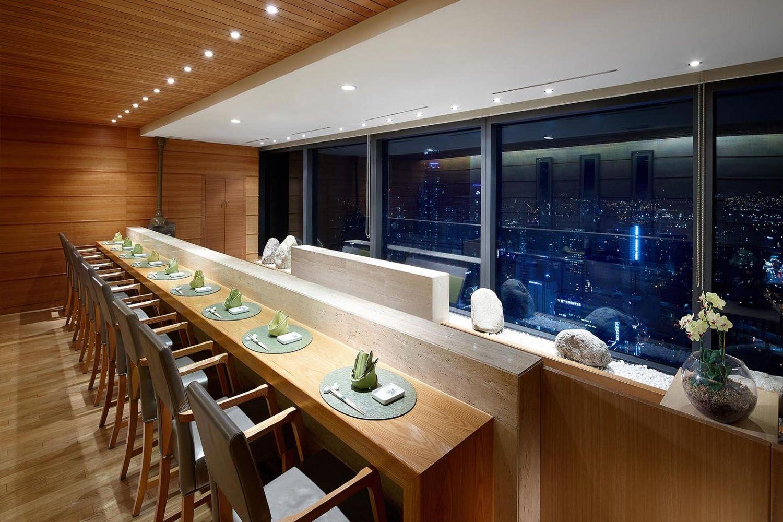 Nhà hàng Momoyama