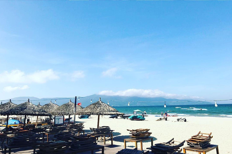 Mỹ Khê là một trong những bãi biển đẹp và an toàn nhất ở Việt Nam
