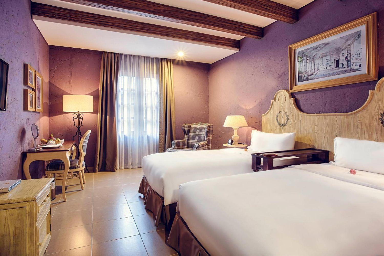 Nội thất phòng ốc khách sạn Mercure Danang French Village Bana Hills