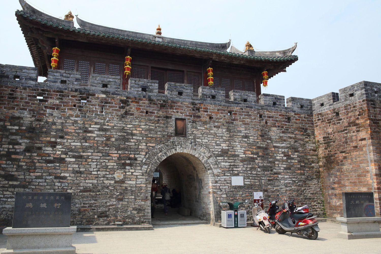 Tận hưởng không khí thanh bình ở pháo đài Dapeng