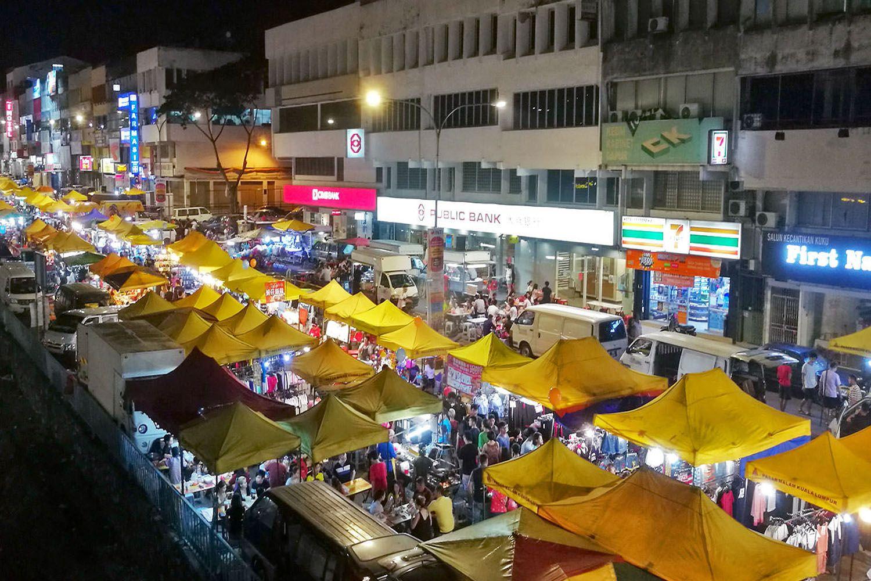 Chợ đêm Taman Bandar Baru tại Kampar