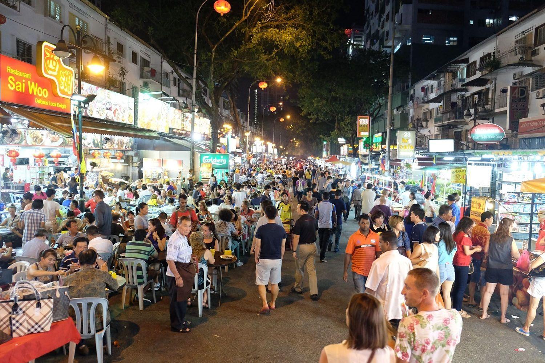 Thưởng thức ẩm thực đêm tại Jalan ALor