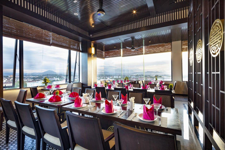 Nhà hàng ở Thanh Lich Royal Boutique Hotel