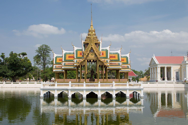 Cung điện Bang Pa-In