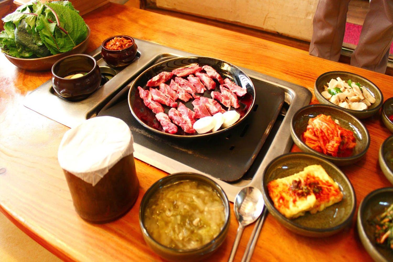 Nhà hàng Cha Iyagi