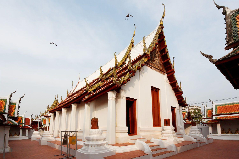 Đền Wat Yai Suwannaram