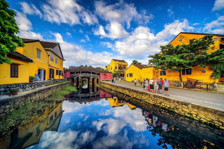 Phố cổ Hội An luôn là một địa điểm du lịch nổi tiếng hấp dẫn du khách