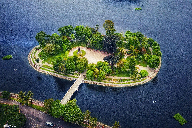 Cầu nối đảo Hòa Bình