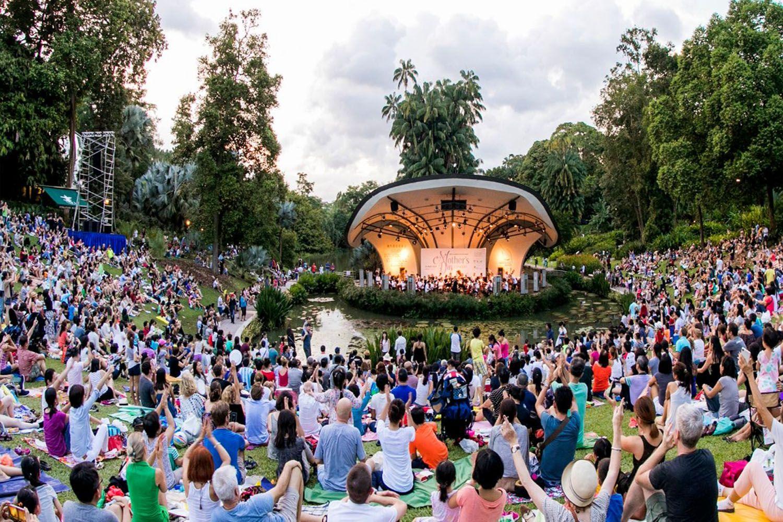 Trải nghiệm văn hoá với nhiều buổi biểu diễn hoà nhạc miễn phí tại công viên