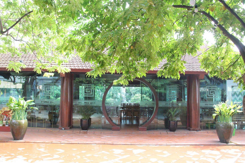 Ẩm thực sân vườn Hương Quê
