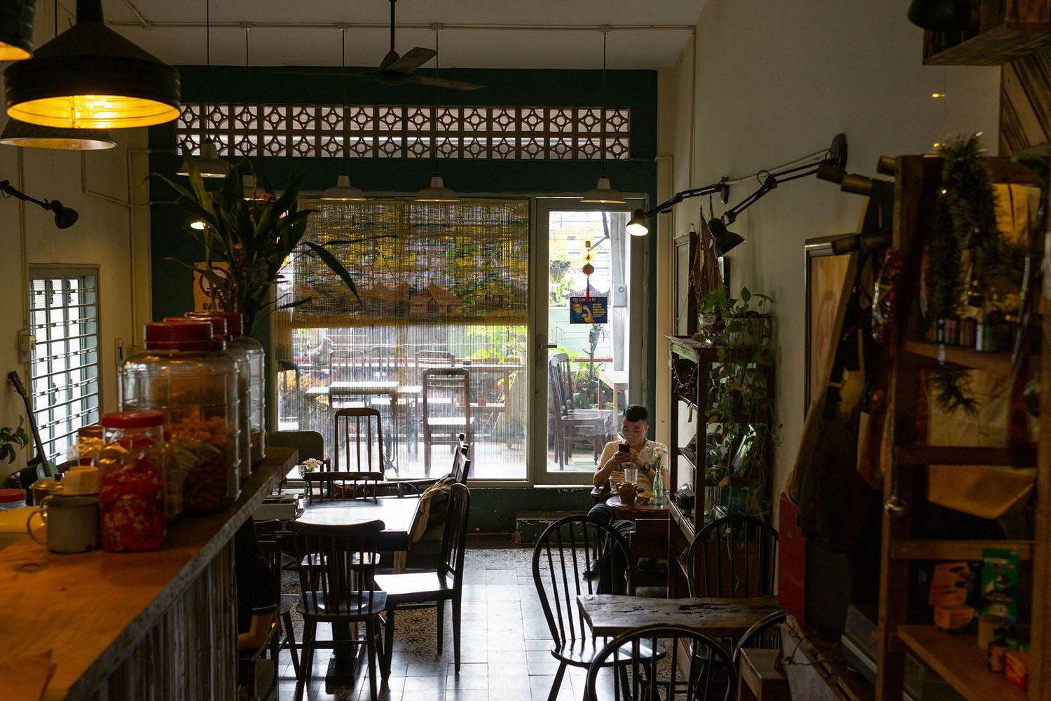 Saigon Retro Cafe