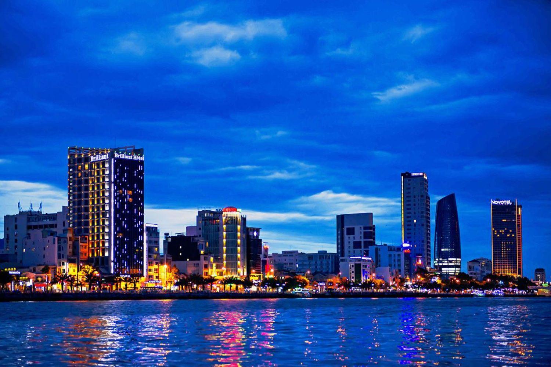 Brilliant Hotel Danang nằm tại vị trí đắc địa của thành phố Đà Nẵng