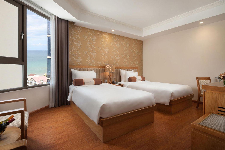 Phòng ngủ tại Diamond Sea Hotel