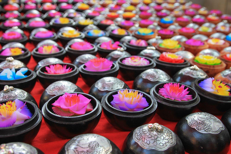 Xà phòng chạm khắc Thái