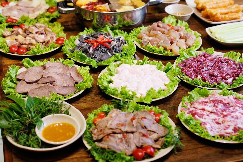 Nhà hàng lẩu 555
