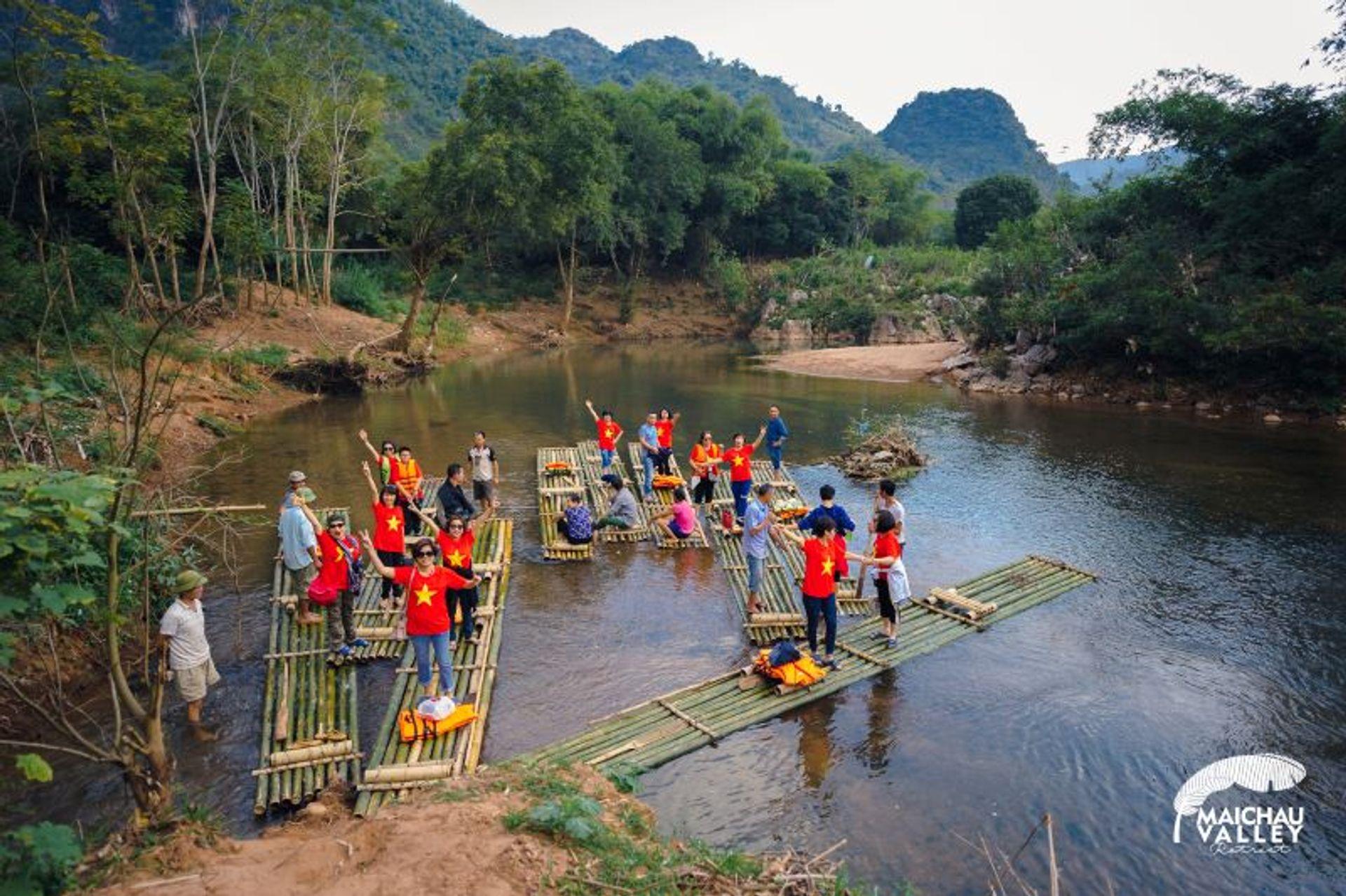 hoat dong tai mai chau valley retreat hoa binh