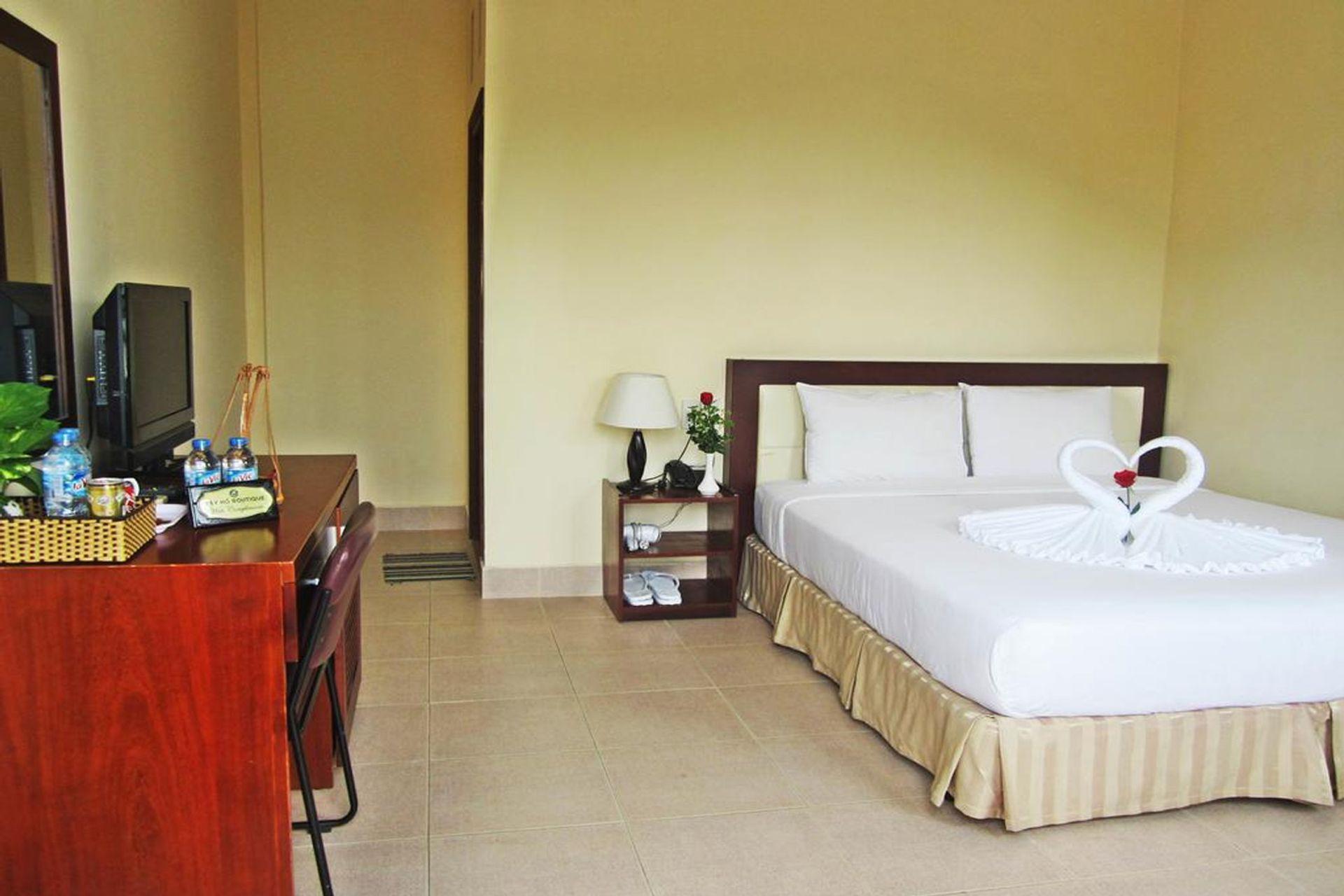 Phòng ngủ Tay Ho Hotel