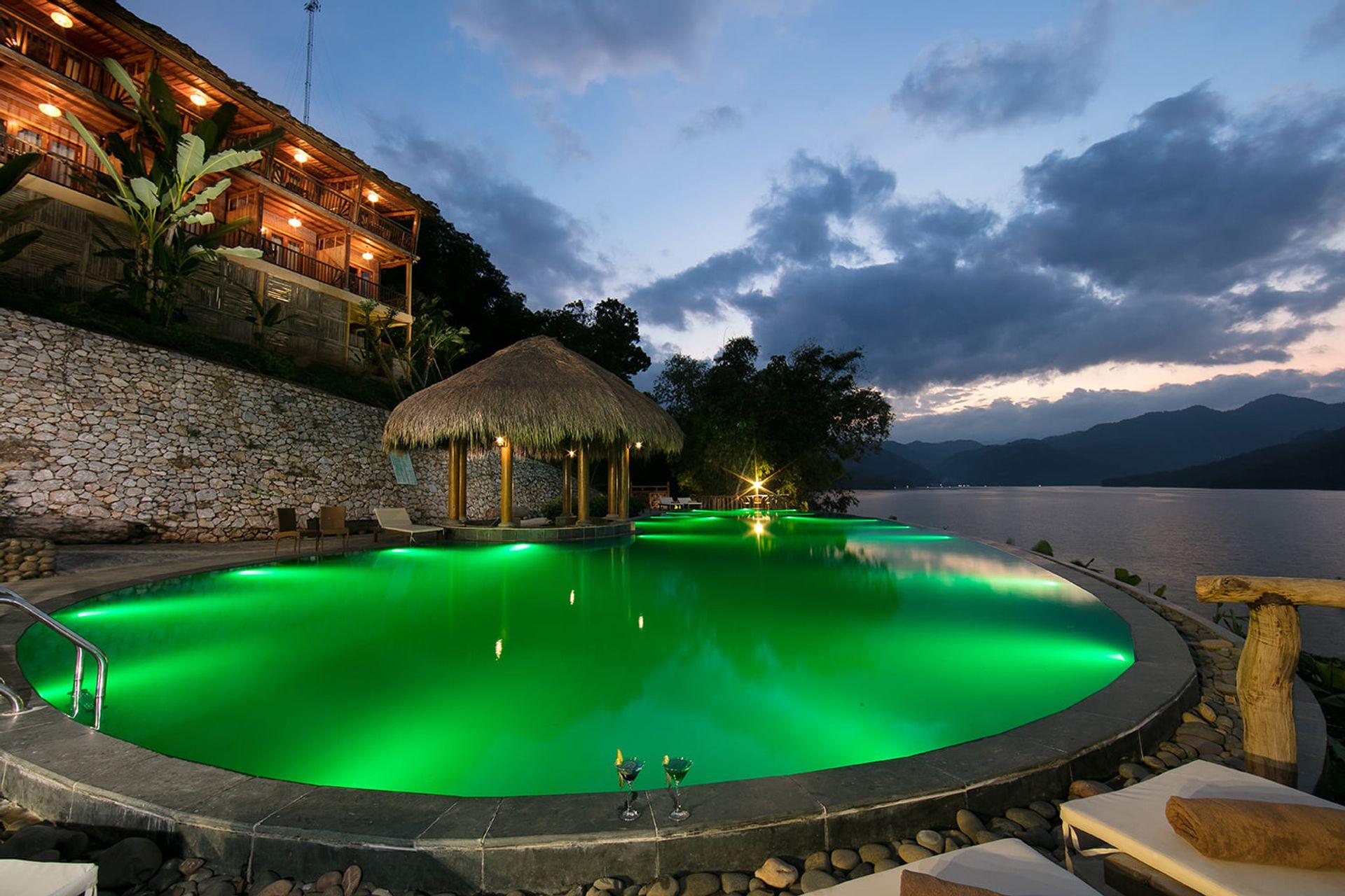 be boi bakhan village resort hoa binh
