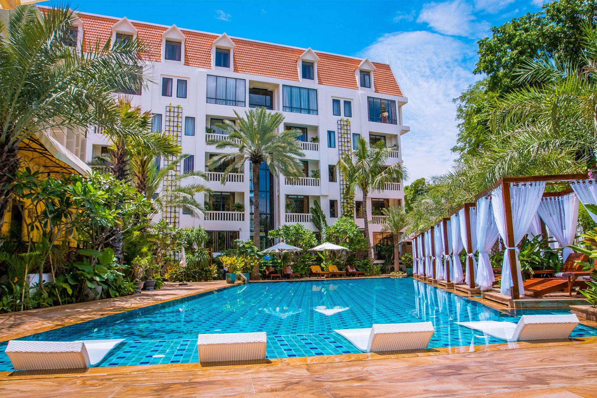 Khách sạn Palace Gate Hotel & Resort