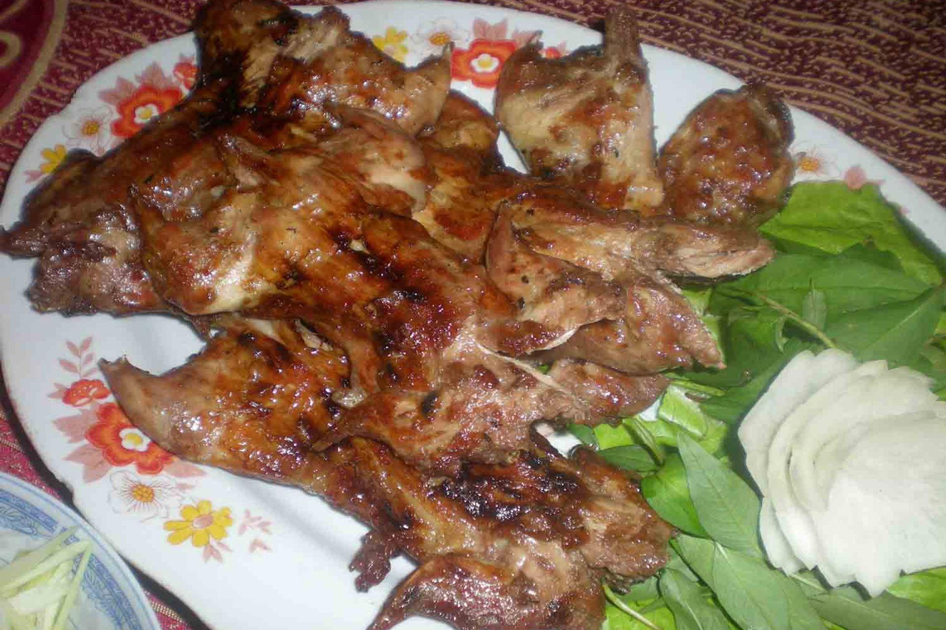 Thịt chuột La Chí