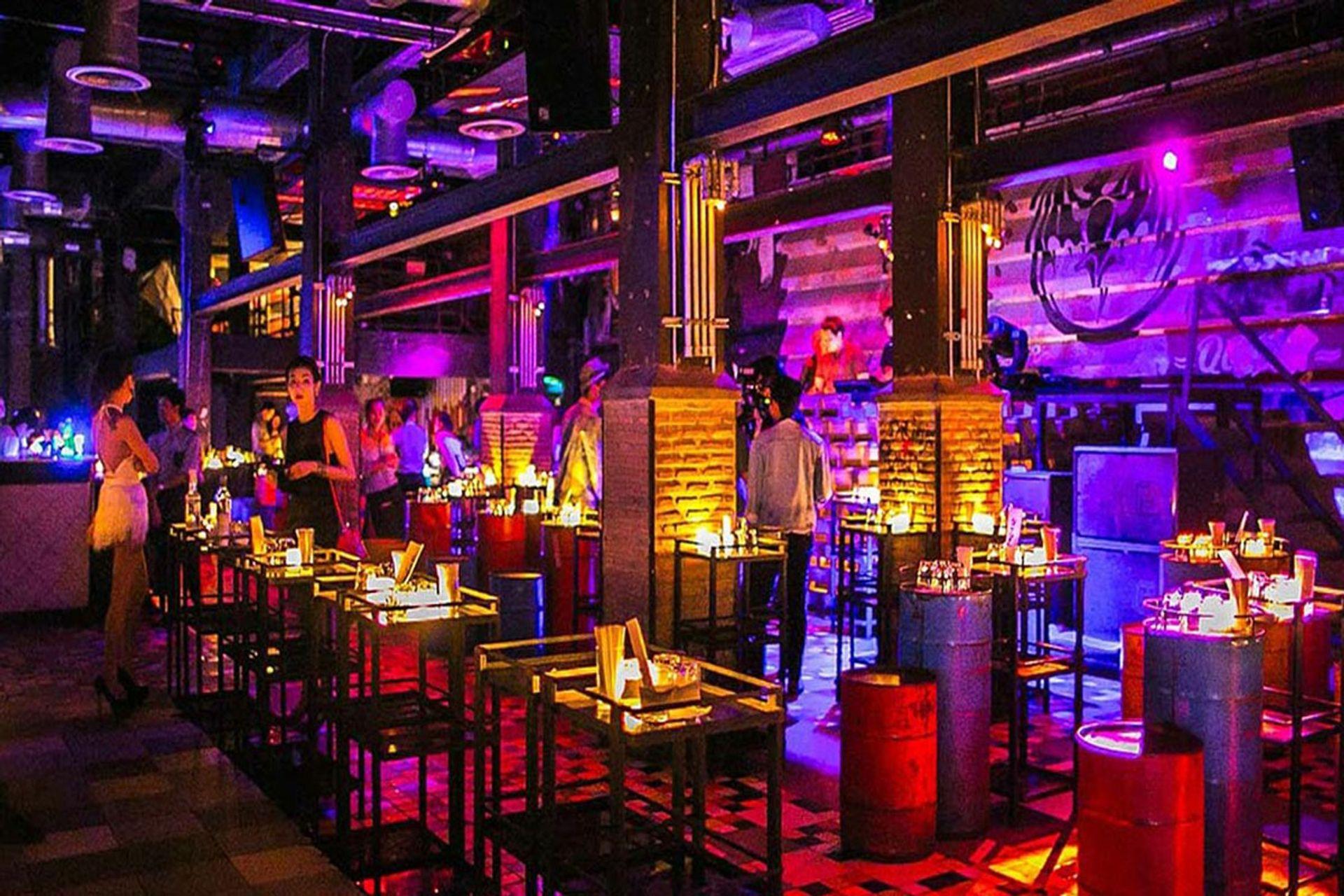 Demo Night club