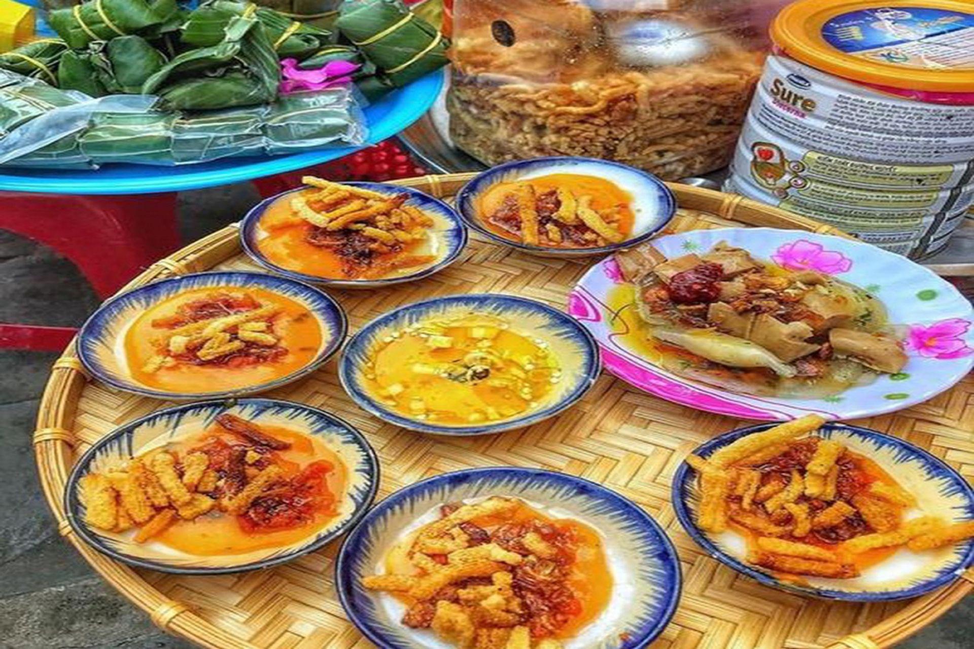 Quán bánh bèo phố Hoàng Văn Thụ