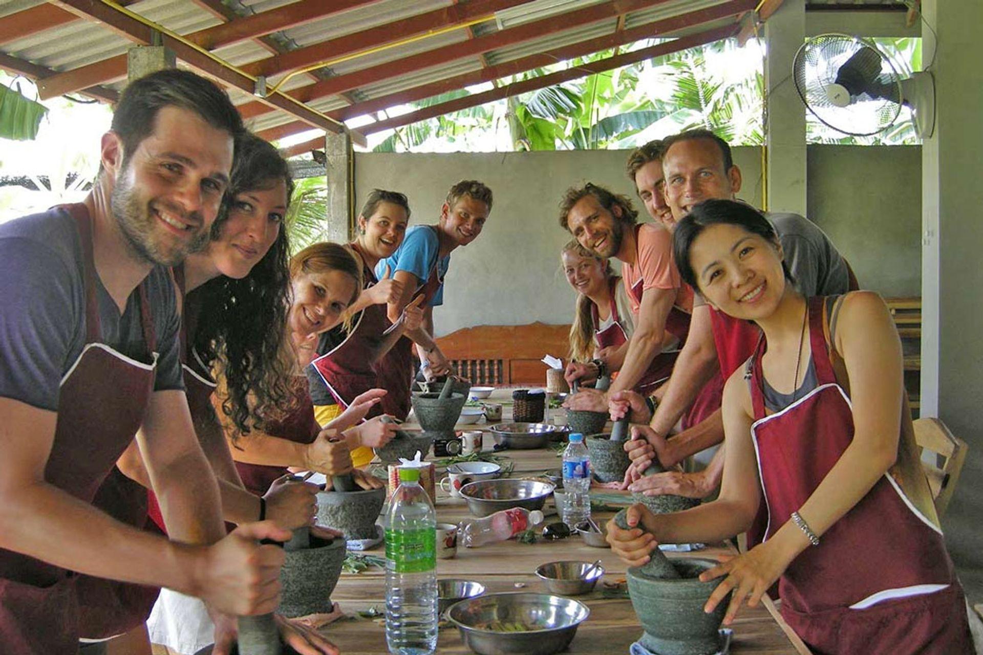 Học nấu ăn tại Aroy Aroy Thai Cooking School
