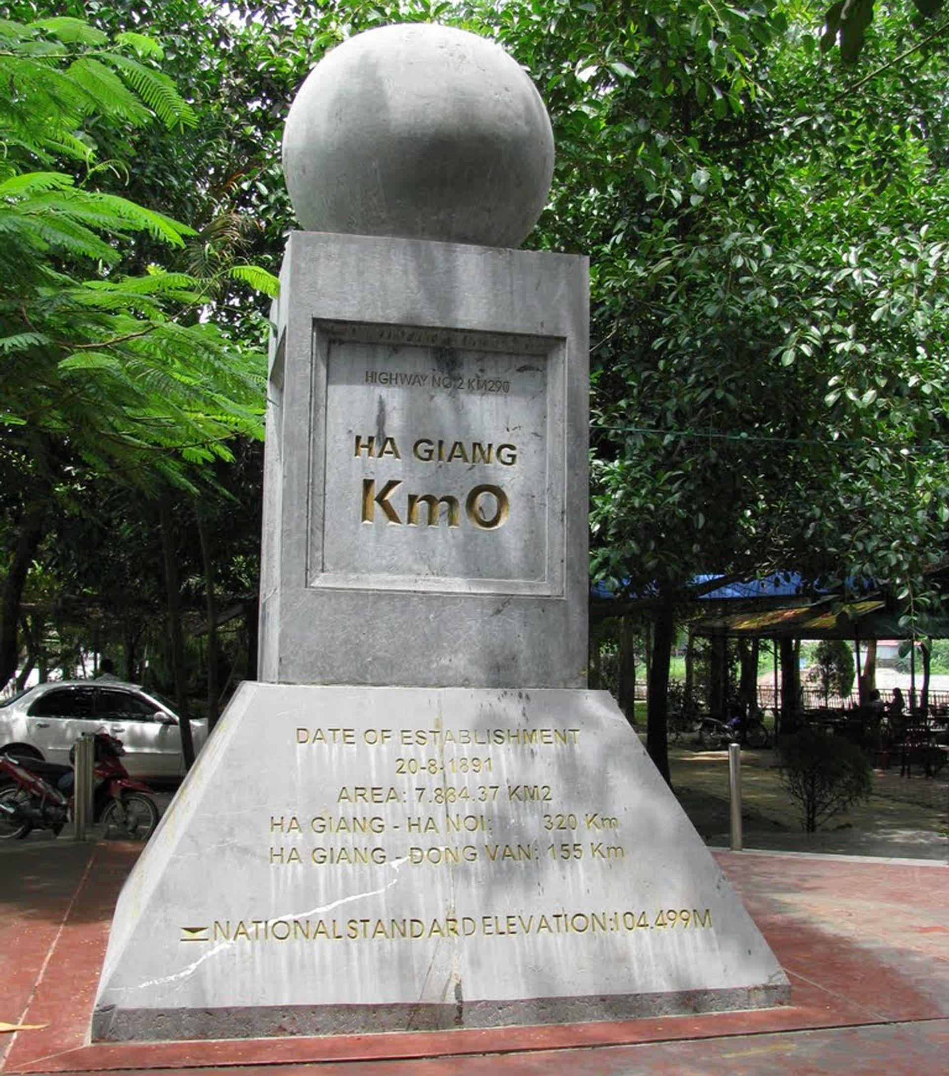 Cột mốc số 0 Hà Giang