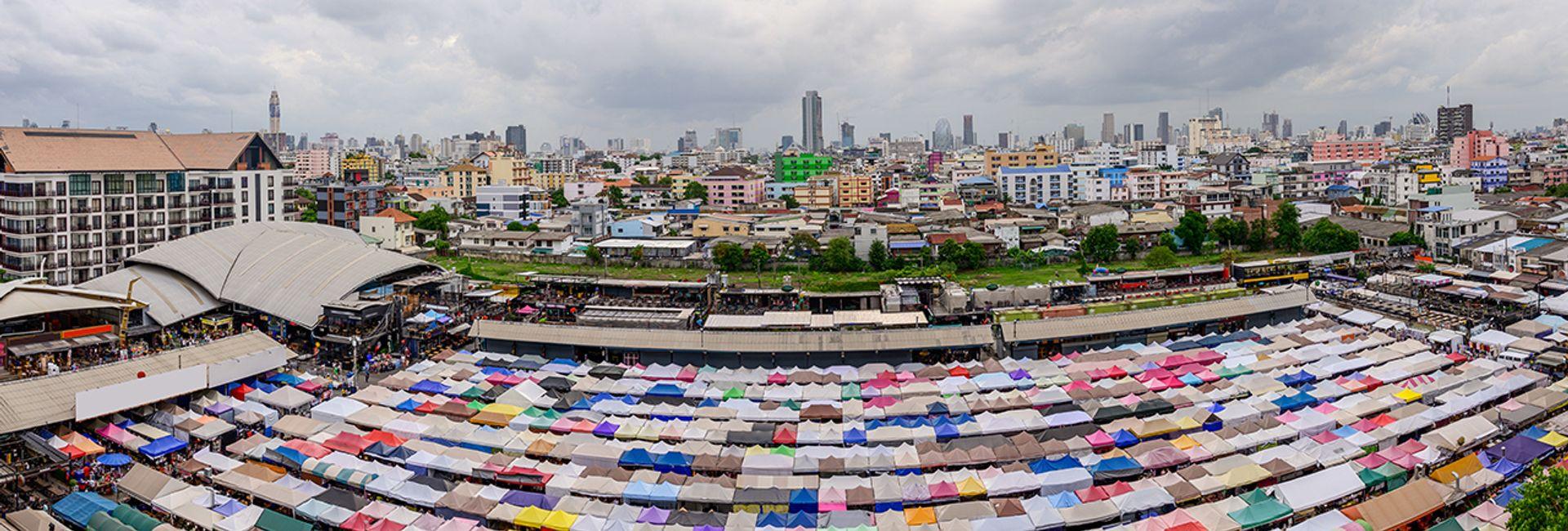 Top 9 địa điểm mua sắm đồ nam chất lượng tại Bangkok