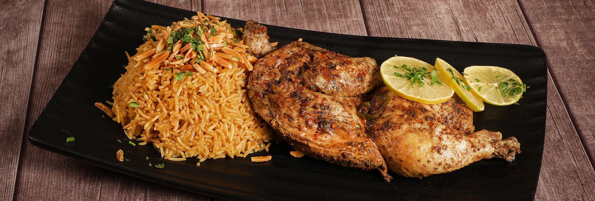 Thưởng thức cơm gà Nha Trang, ăn liền tù tì mãi không thấy ngán
