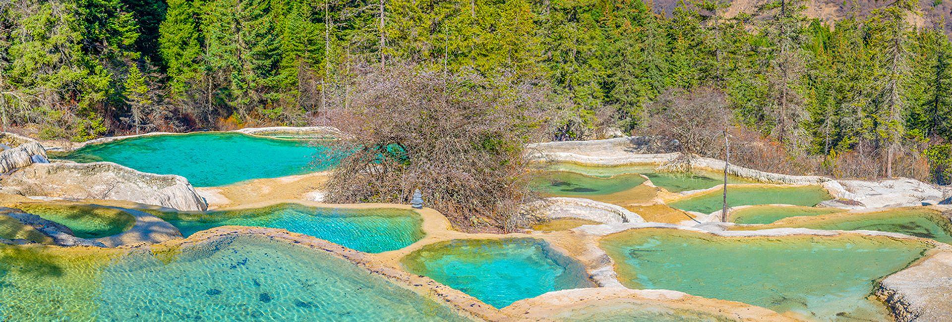 Nên đi du lịch Cửu Trại Câu vào thời điểm nào trong năm?
