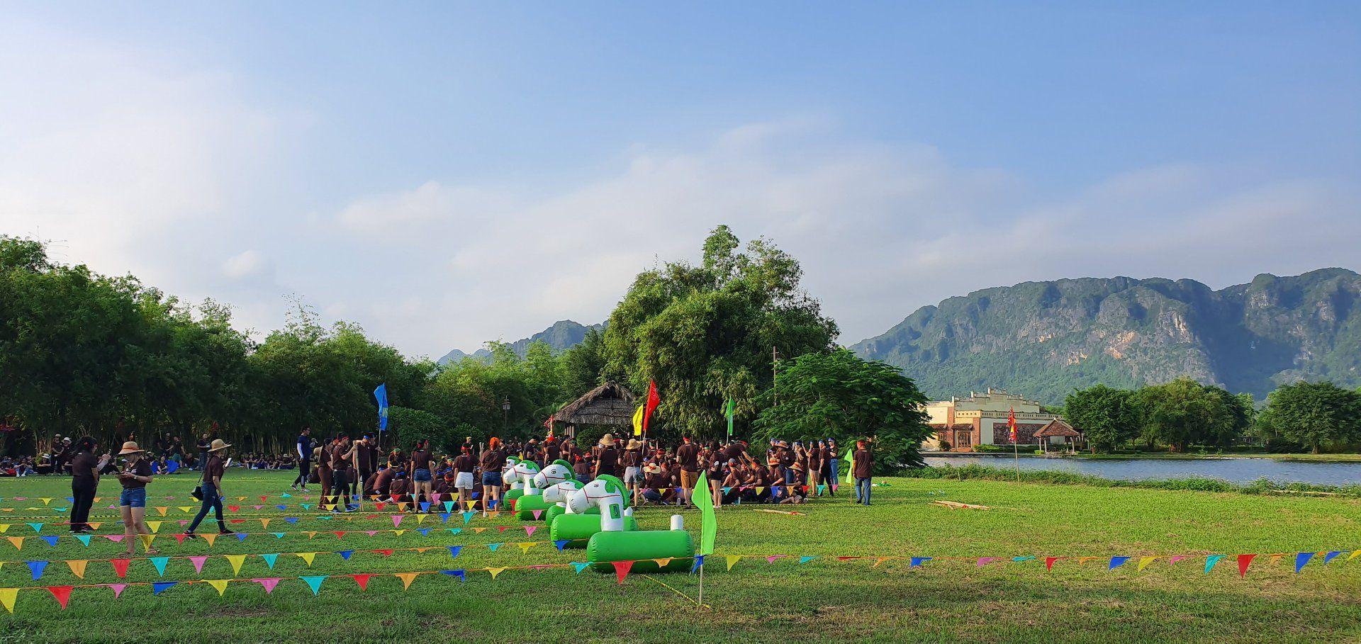team buidling tai emeralda ninh binh resort and spa