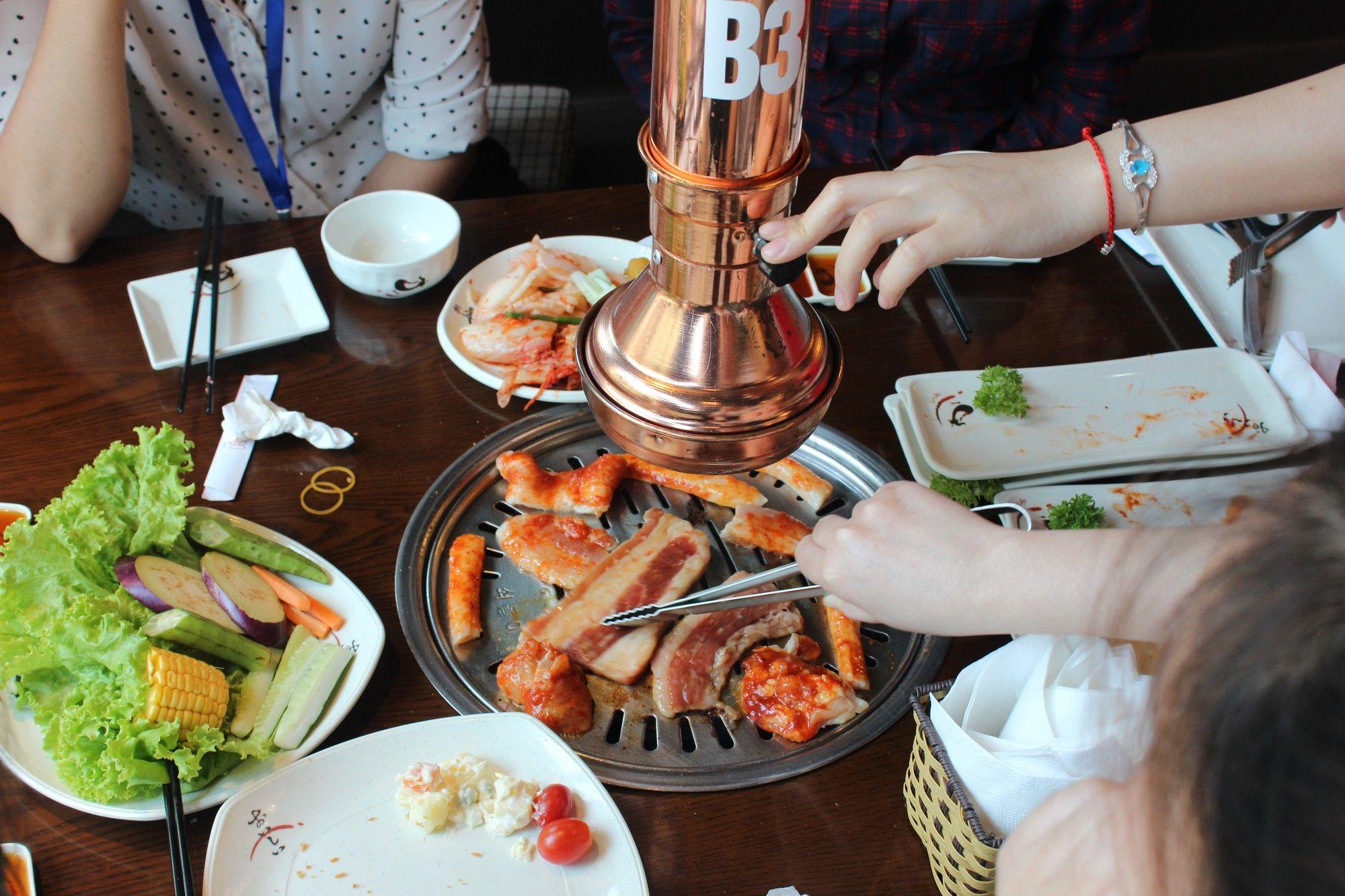 Nướng ở nhà hàng Kanpai