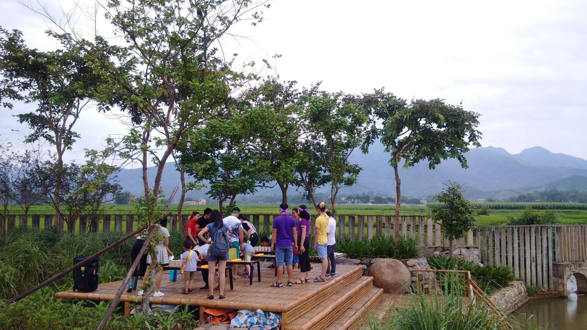 hoat dong tai an lac eco farm hot springs mai chau hoa binh