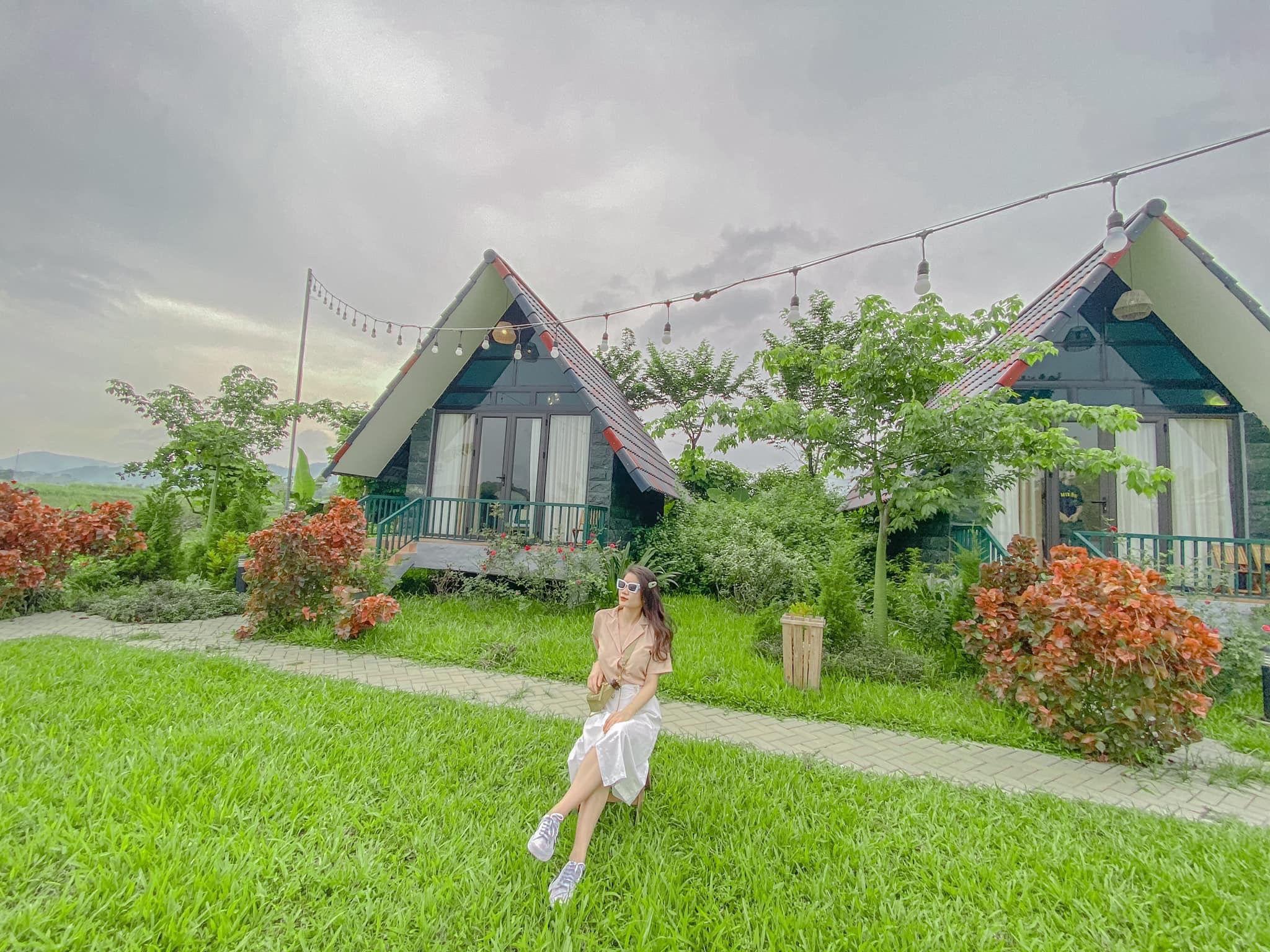 goc-chup-bungalow-sen-villas-homestay-ba-vi-ha-noi-02