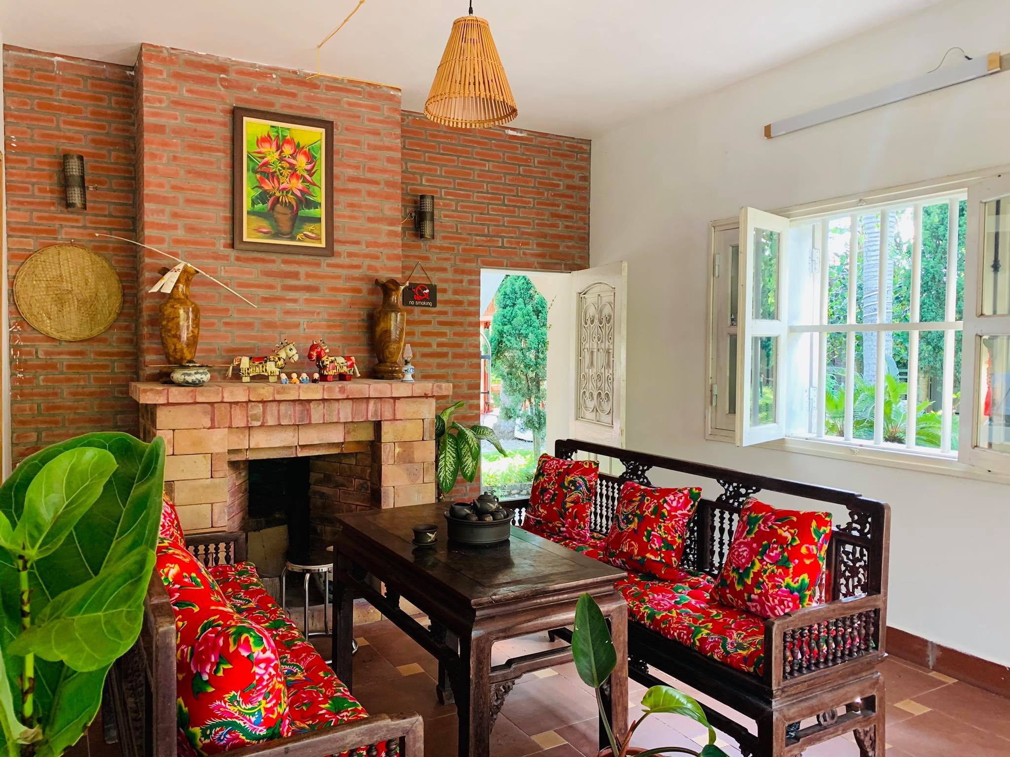 noi that hq house garden homestay son tay ha noi