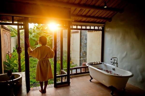 phong deluxe emeralda ninh binh resort and spa