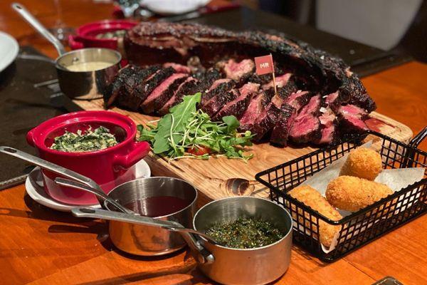 nha hang rico south american steakhouse tran quoc toan tran hung dao hoan kiem