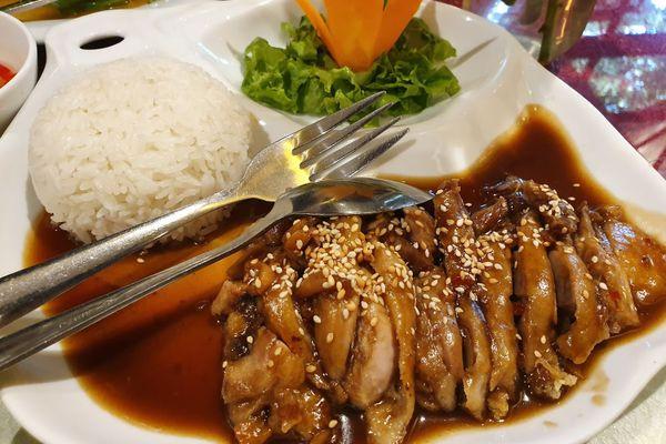 old hanoi restaurant by chef rice quan nguyen since 2004 ton that thiep dien ban ba dinh