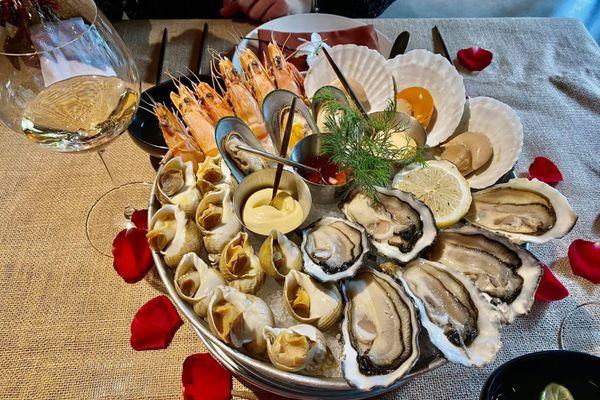 nha hang rico seafood and grills 1a tang bat ho pham dinh ho hai ba trung